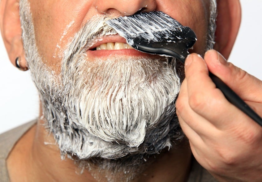 Beard dyeing and coloring - fast and easy
