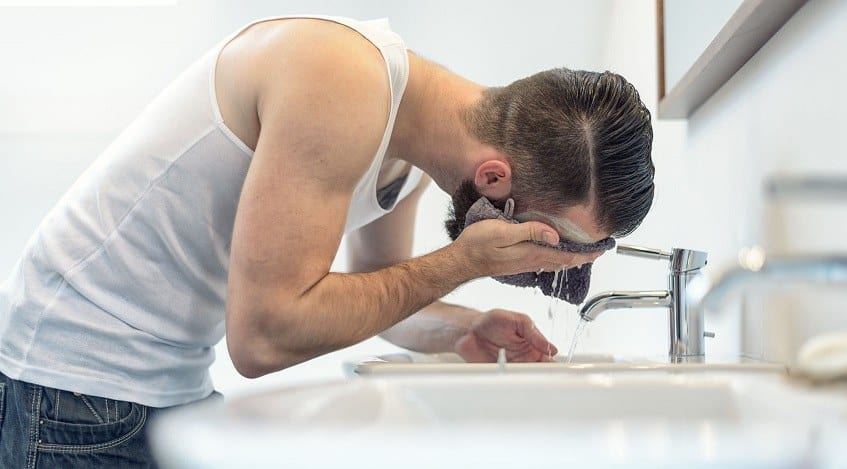 Keep your beard and face clean by washing it
