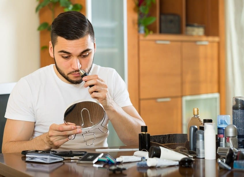 4 Best Ear and Nose Hair Trimmers To Keep Your Appearance Nice & Tidy