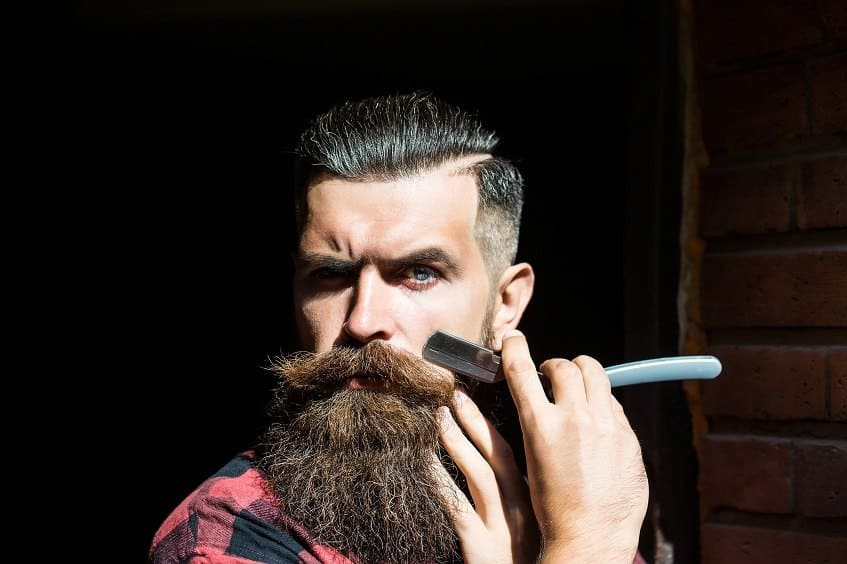 Tempted To Cut off Your Beard? – What To Do and How To Stop It