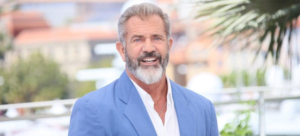 An Introduction To The Mel Gibson's 2 Tone Gray Beard Style