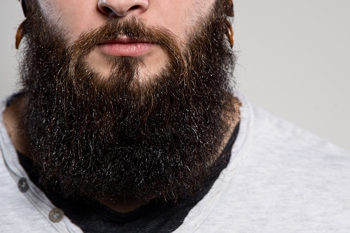 Coconut Oil for Beards Improves Length and Thickness