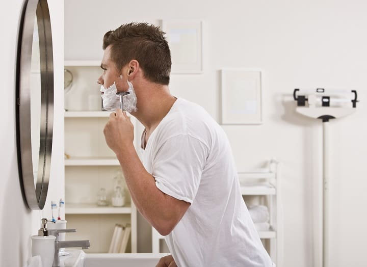 Convenience of Using a Shaving Mirror