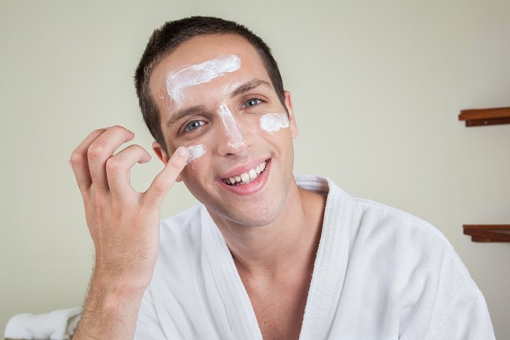 Benefits of Using an Oil-Free Moisturizer