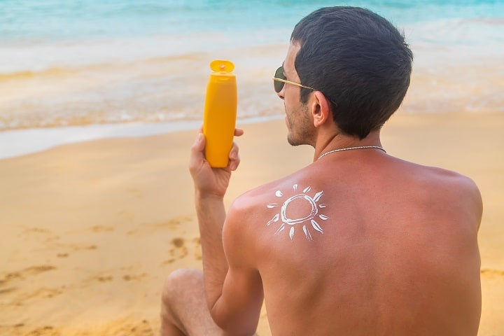 Ingredients to Avoid in Men's Sunscreen