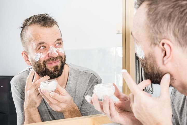 Benefits of Using a Face Cream for Men - Management of Skin Issues