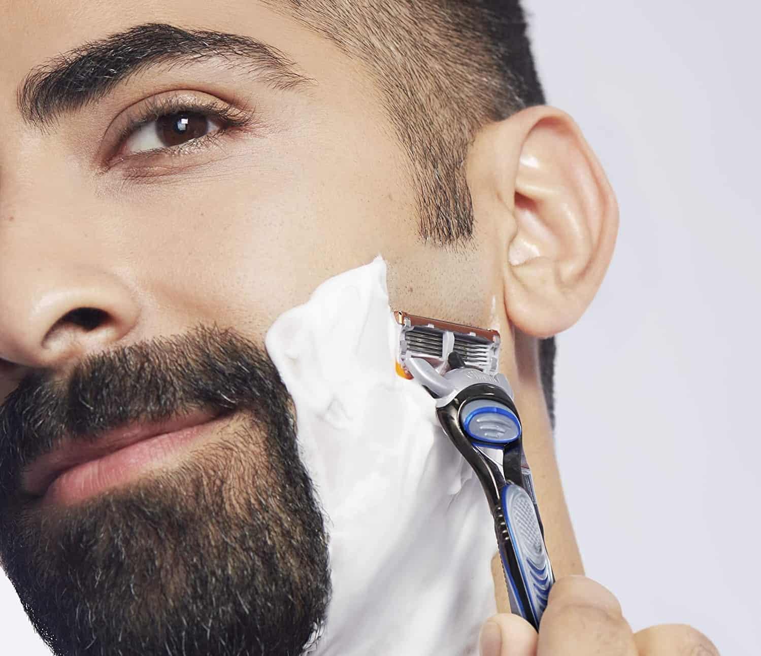 Benefits of Shaving With Gillette Cartridge Razors