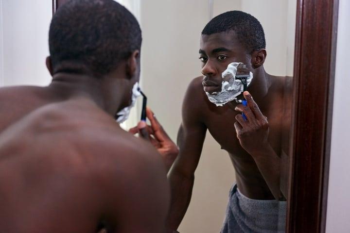 Shaving Gel vs Cream Comparison - Glide