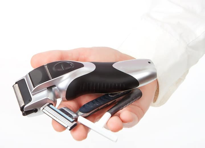 Electric Razor vs Blade – Is Wet or Dry Shaving Better for You
