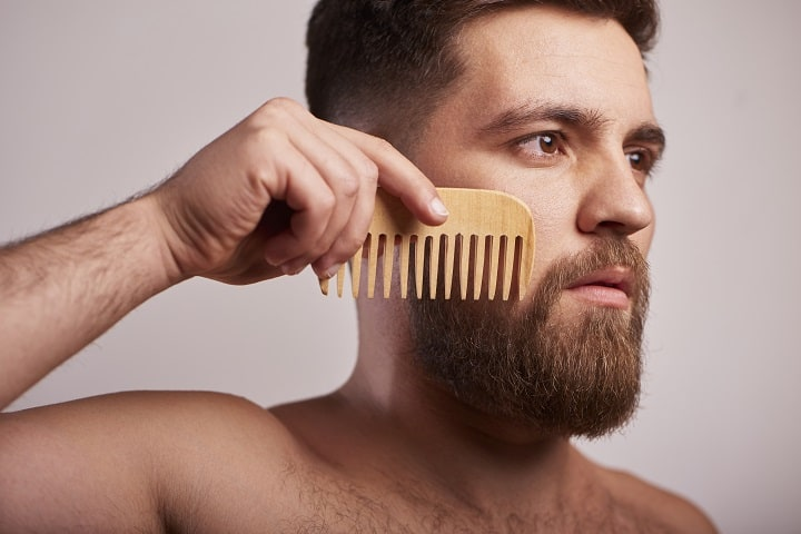 Types of Beard Relaxers - Styling Comb