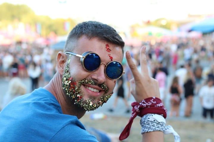 FAQ About the Glitter Beards