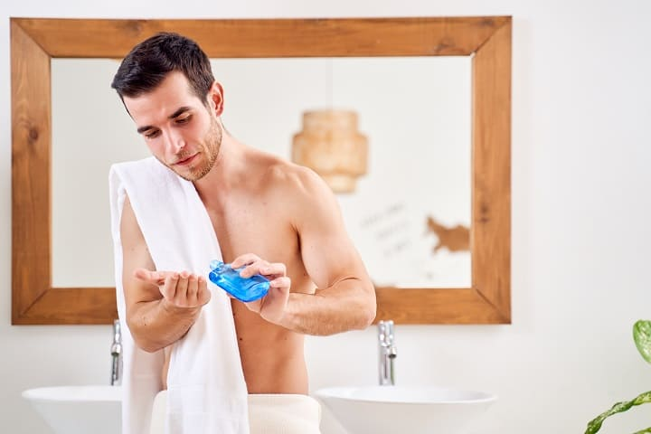 Pros and Cons of Using Hand Lotions for Men