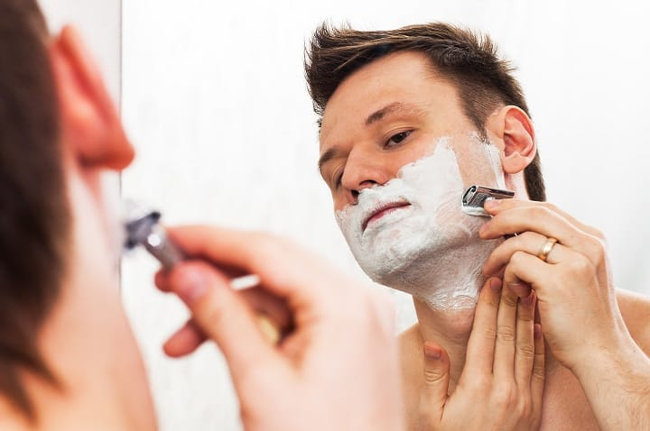 How to Use an Adjustable Safety Razor