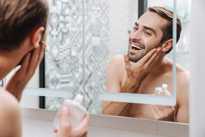 How to Use Aftershave Properly